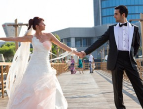 What makes the perfect wedding dance?